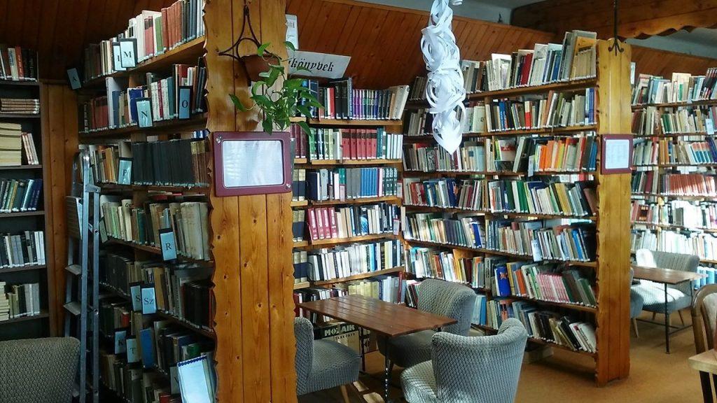 Könyvtár 2018